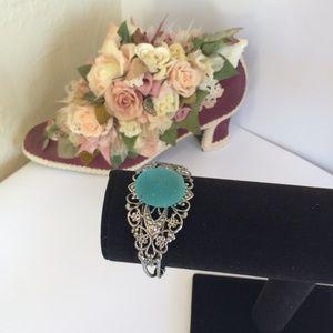 Unique Vintage Style Stone Bangle Bracelet
